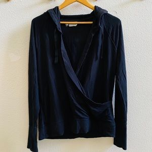 ATHLETA black wrap front hoodie shirt top L thumb